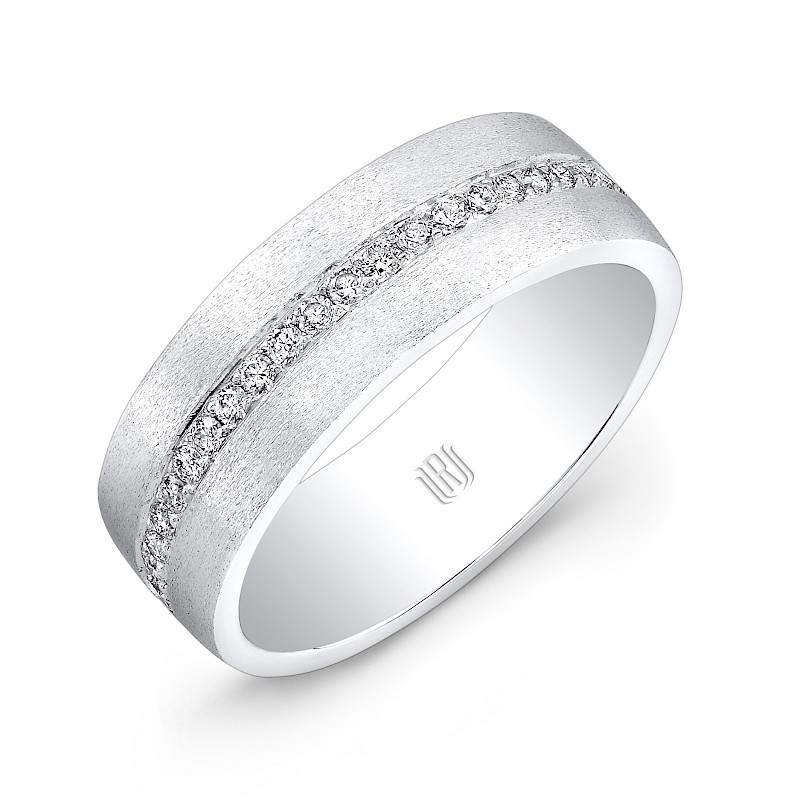 Men's jewelry and men's wedding band on El Paseo in Palm Desert, California