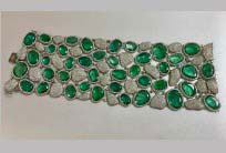 Emerald and Diamond bracelet - 17.50 ctw of diamonds and just over 117 ctw of emeralds set in 18kt white gold