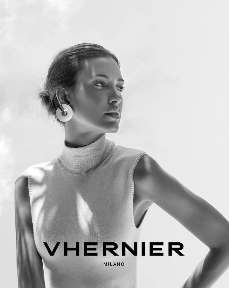 Vhernier jewelry in Palm Desert, California on El Paseo